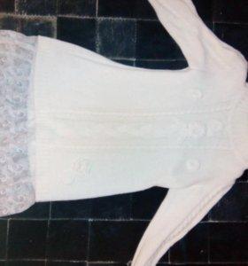 Платье вязаное белое 4 года.