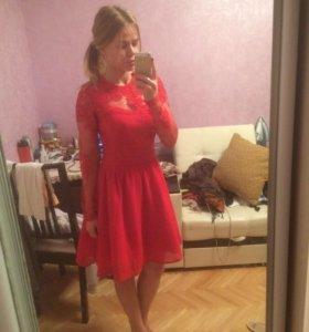 Коктейльное красное платье
