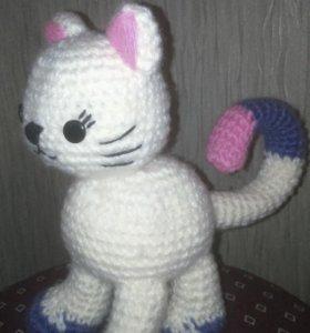 Котёнок вязаный