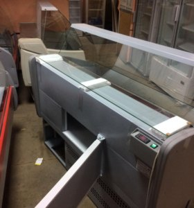 Новые холодильные витрина