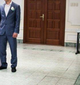 Мужской костюм + рубашка белоснежная и запонки