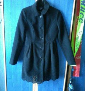 Женское пальто, приносящее удачу;)