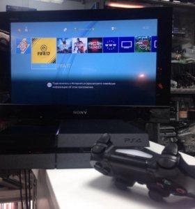 Sony Playstation 4 + гта и еще игры