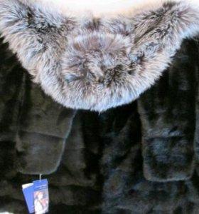 Норковая шуба с мехом чернобурки