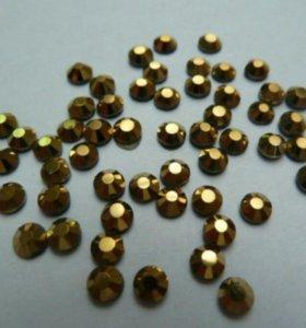 Стразы хромированные золото 50 шт