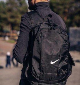 Комплект рюкзак и сумка Nike