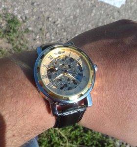 Часы механика