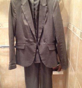 Пиджак(L),брюки(M)-костюм(Ostin)