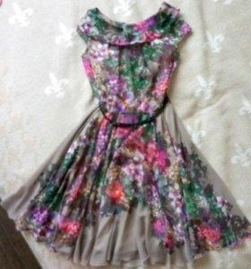 Платье 42-44 НОВОЕ Итальянское