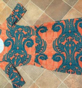 Трикотажное платье s/m