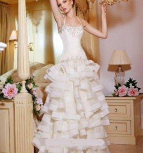 Новое свадебное платье, Испания