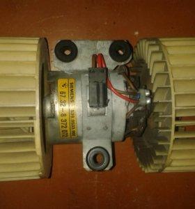 Мотор печки на bmw 5 e - 39