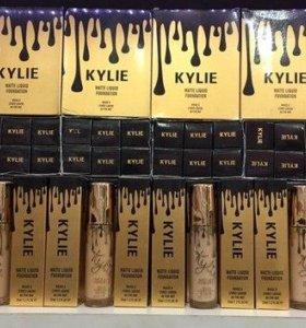 Тональный крем Кайли матовый  Kylie Matte Liquid F