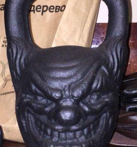Гиря 16 кг Злобный клоун
