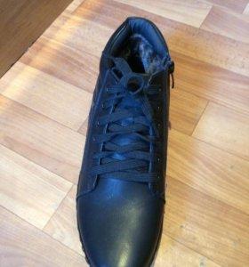 Зимние кроссовки-ботинки размеры есть