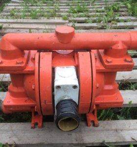 Мембранный насос Wilden P200