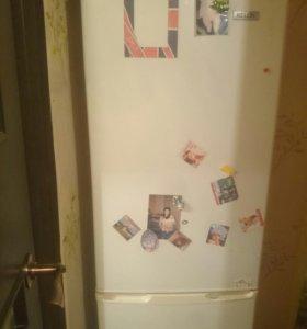 Холодильник келон неисправный