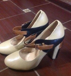 Новые туфли 38 р
