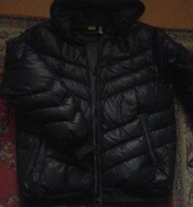 Куртка.длина рукава 60 см.длина по спинке 70 см.