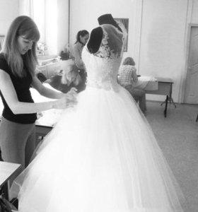 подшив и подгонка свадебных и вечерних платьев