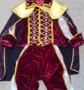Карнавальный, новогодний, маскарадный костюм