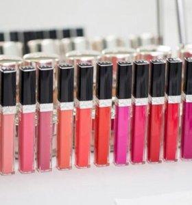 Блеск для губ Dior brilant