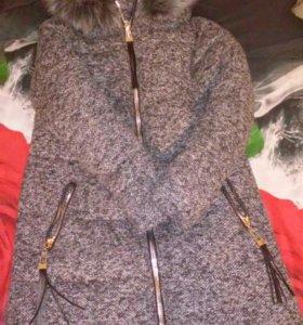 Пальто зимние,вязаное