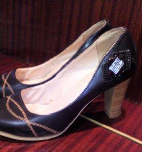 Туфли женские р.38.