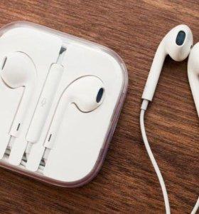 Оригинальные наушники EarPods Apple