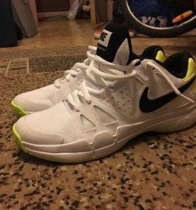 Кроссовки Nike vapor advantage