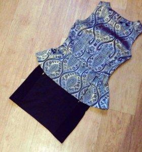 Блузка с баской и юбка