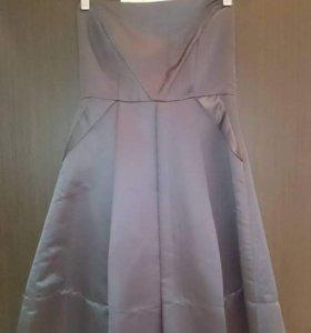 Платье серое. 42р.