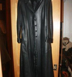 Плащ-пальто кожаный женский