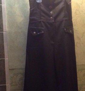 Комбинезон юбка-брюки новый 40р-р