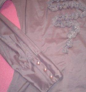 Нежно-сиреневая блузка