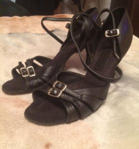 Туфли танцевальные