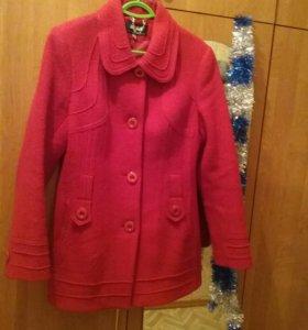 Зимняя куртка и демисезонное пальто