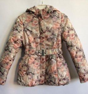 Демисезонная куртка (размер 134)