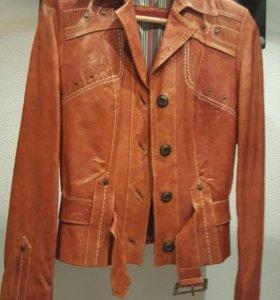 Коженный пиджак-куртка