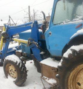 трактор- погрузчик