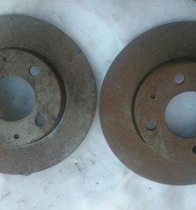 Новые Тормозные передние диски для москвич 2141