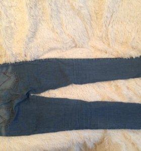 джинсы стрейчивые