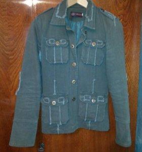 Куртки легкие на осень-весну