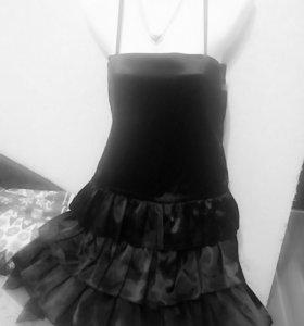 Платье атласное корсетное