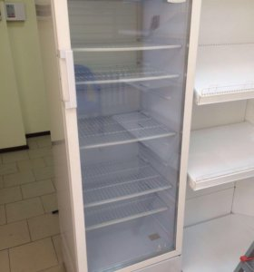 Холодильник шкаф-витрина