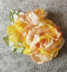 Брошь желтый цветок из ткани