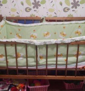 Кроватка детская вместе с бортиком