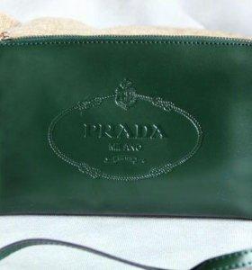Сумка-клатч Prada