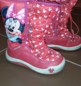 Зимние сапоги Minnie Mouse, 26р-р🚺👢