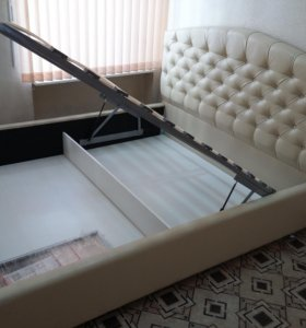 Кровать можно с матрасом
